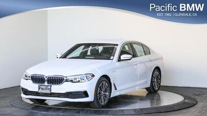 2019_BMW_5 Series_530e iPerformance Plug-In Hybrid_ Glendale CA