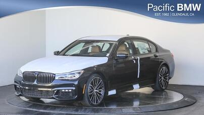 2019_BMW_7 Series_750i Sedan_ Glendale CA