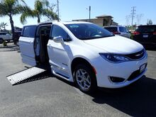 2019_BraunAbility Chrysler_Pacifica_Limited w/ Power Ramp_ Anaheim CA