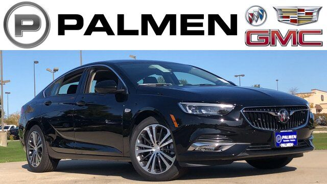 2019 Buick Regal Sportback Essence Kenosha WI