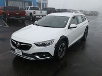 Buick Regal TourX  2019