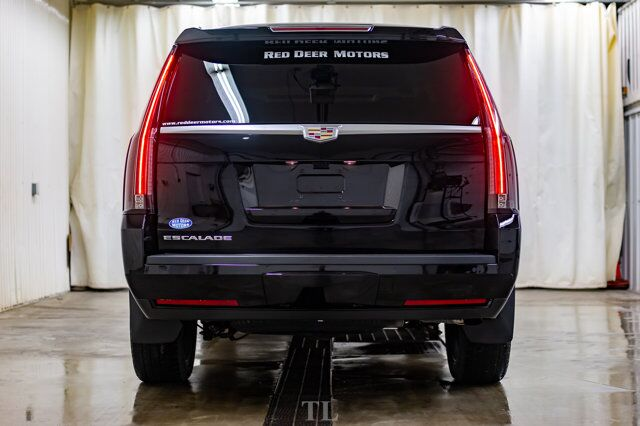 2019 Cadillac Escalade AWD Luxury Leather Roof Nav BCam Red Deer AB