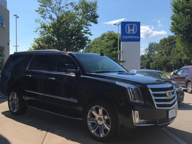 2019 Cadillac Escalade ESV 4WD 4dr Premium Luxury Dartmouth MA