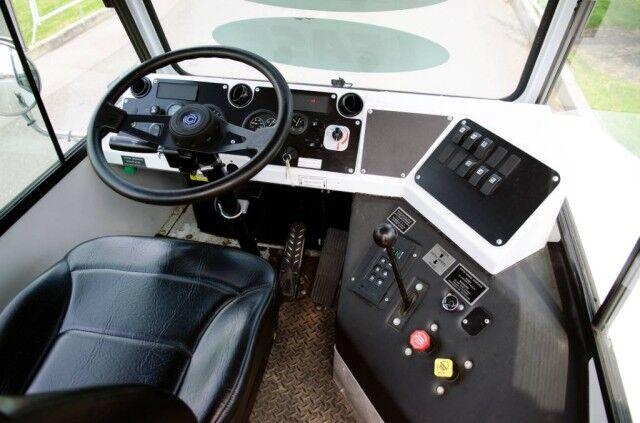 2019 Capacity Yard Truck  Bristol PA