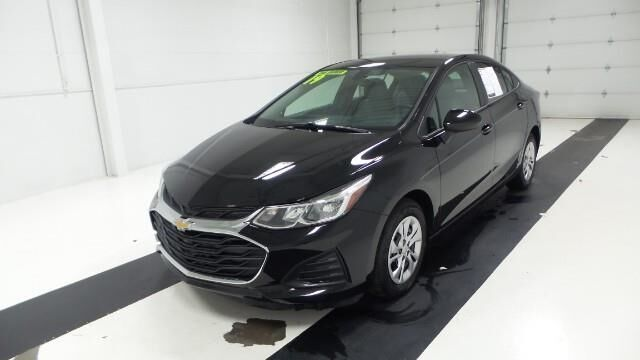 2019 Chevrolet Cruze 4dr Sdn LS Manhattan KS
