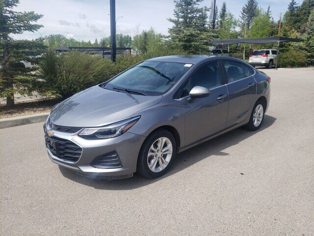 2019 Chevrolet Cruze LT - Automatic Backup Camera Calgary AB