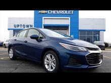 2019_Chevrolet_Cruze_LT_ Milwaukee and Slinger WI
