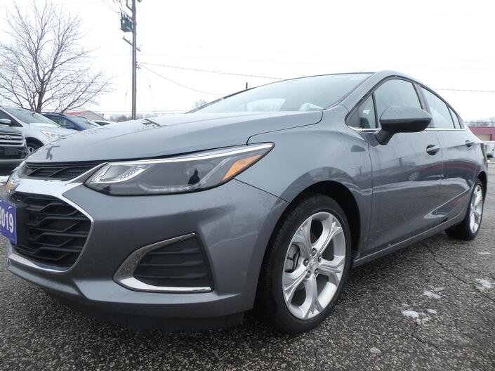 2019 Chevrolet Cruze Premier - SALE PENDING - REMOTE START - HEATED SEATS - LEATHER - HEATED STEERING WHEEL Essex ON