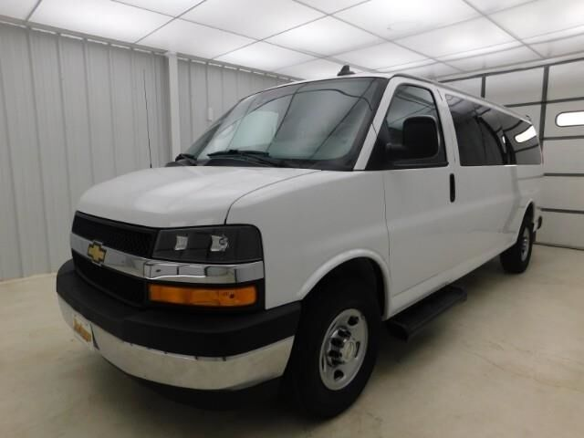 2019 Chevrolet Express Passenger RWD 3500 155 LT Manhattan KS