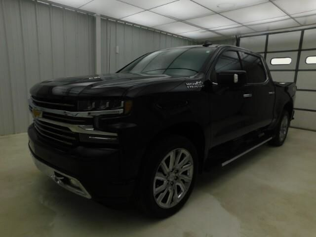 2019 Chevrolet Silverado 1500 4WD Crew Cab 147 High Country Manhattan KS