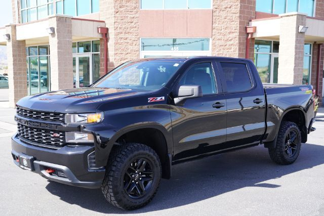 2019 Chevrolet Silverado 1500 Custom Trail Boss Crew Cab Short Box 4WD
