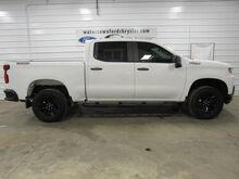 2019_Chevrolet_Silverado 1500_Custom Trail Boss_ Watertown SD