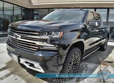 2019_Chevrolet_Silverado 1500_High Country / 4X4 / 6.2L V8 / Safety Pkg II / Deluxe Pkg / Tech Pkg / Auto Start / Heated Leather Seats & Steering Wheel / Sunroof / Bose / Navigation / HUD / Lane Departure & Blind Spot / Tow Pkg / 1-Owner_ Anchorage AK