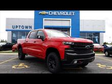 2019_Chevrolet_Silverado 1500_LT Trail Boss_ Milwaukee and Slinger WI