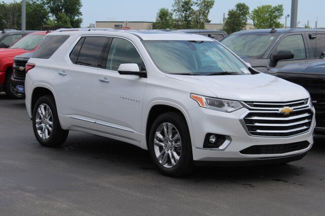 Broadway Automotive Green Bay >> New Chevrolet Traverse Green Bay WI