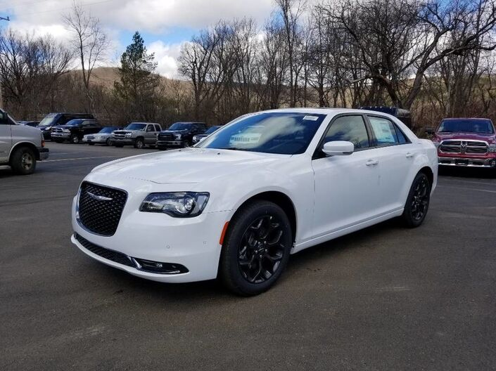 2019 Chrysler 300 300S Rock City NY