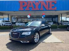 2019_Chrysler_300_Limited_  TX