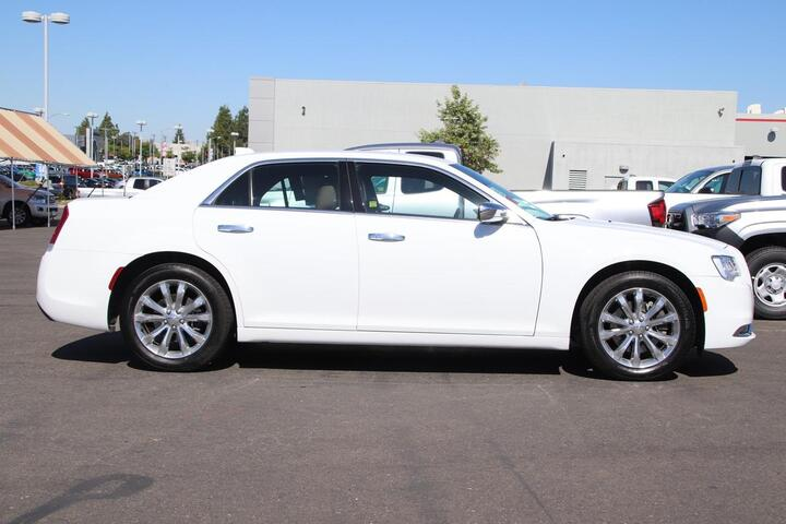 2019 Chrysler 300 Limited Sacramento CA