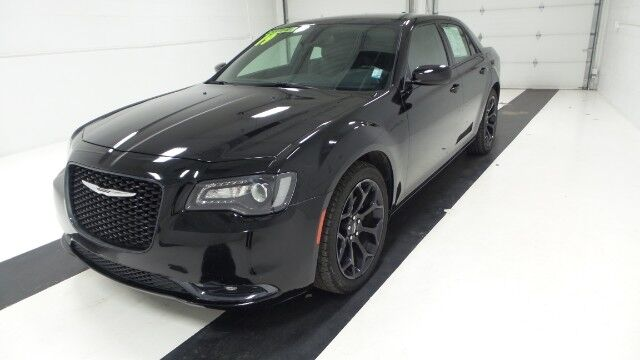 2019 Chrysler 300 S RWD Topeka KS
