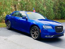 2019_Chrysler_300_S V6 RWD_ Richmond IN