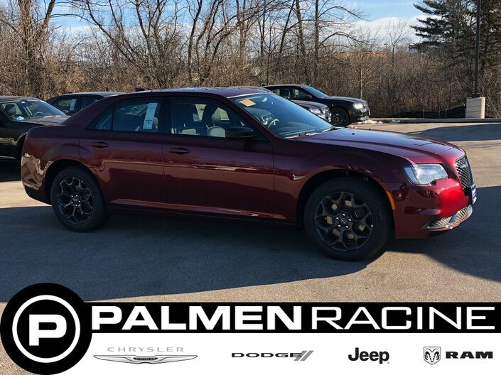 2019 Chrysler 300 TOURING AWD Racine WI