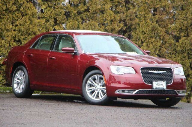2019 Chrysler 300 TOURING L Albany OR