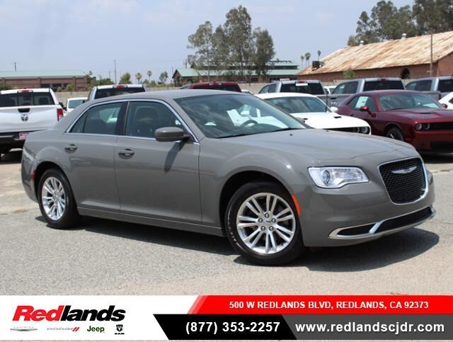 2019 Chrysler 300 TOURING L Redlands CA