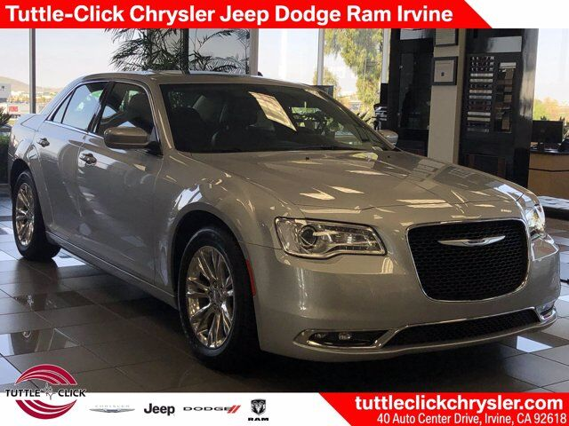 2019 Chrysler 300 Touring Irvine CA