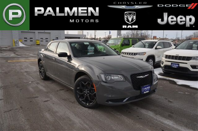 2019 Chrysler 300 Touring Racine WI