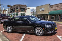 2019_Chrysler_300_Touring_ Mineola TX