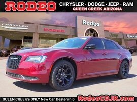 2019_Chrysler_300_Touring_ Phoenix AZ