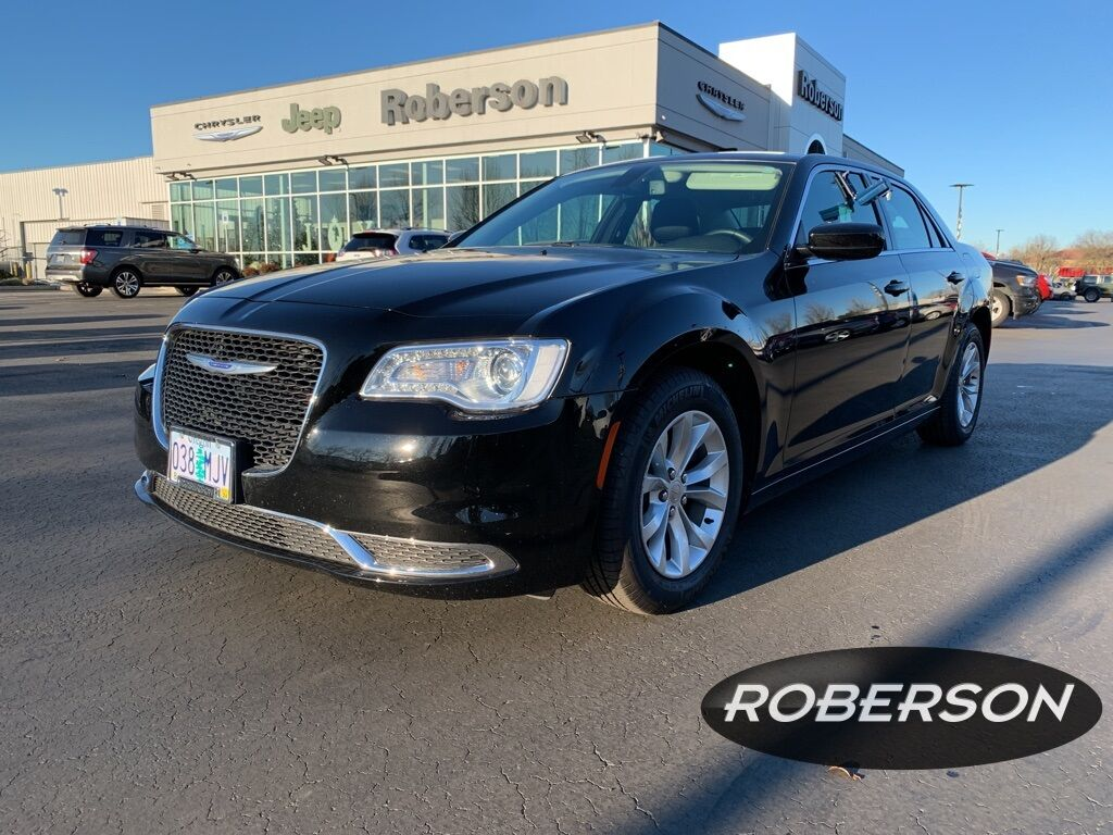 2019 Chrysler 300 Touring 2C3CCAAG6KH727295