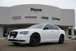 2019_Chrysler_300_Touring_ Weslaco TX