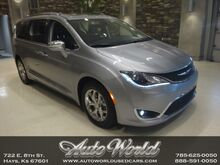 2019_Chrysler_PACIFICA LIMITED__ Hays KS