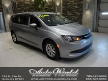 2019_Chrysler_PACIFICA TOURING__ Hays KS