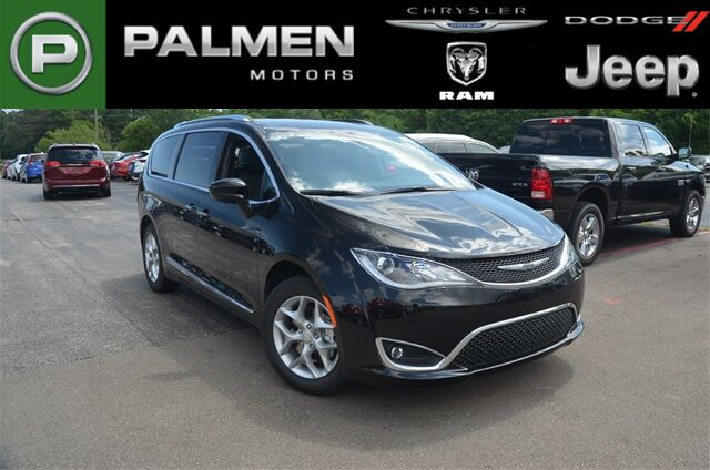 2019 Chrysler Pacifica 35TH ANNIVERSARY TOURING L Kenosha WI