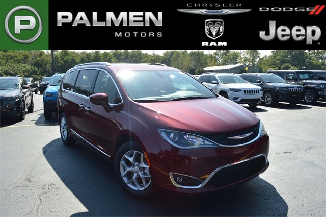 2019 Chrysler Pacifica 35TH ANNIVERSARY TOURING L Racine WI