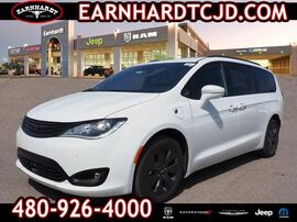 2019_Chrysler_Pacifica_Hybrid Limited_ Phoenix AZ