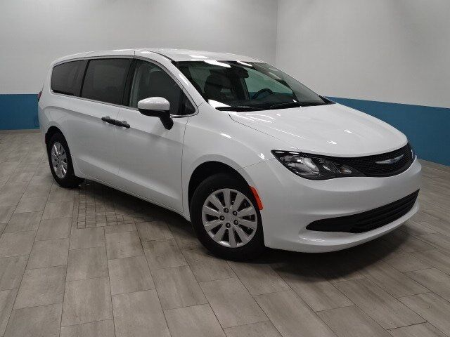 2019 Chrysler Pacifica L Plymouth WI