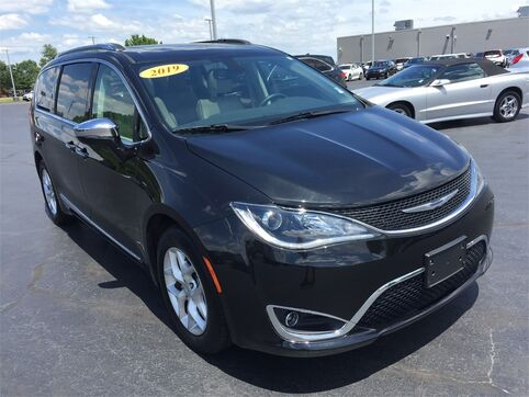 2019_Chrysler_Pacifica_LIMITED_ Evansville IN
