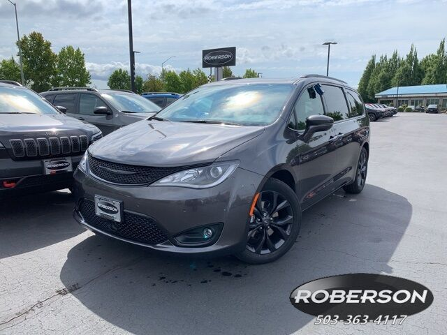 2019 Chrysler Pacifica LIMITED 2C4RC1GG7KR733033