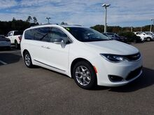 2019_Chrysler_Pacifica_Limited_  FL