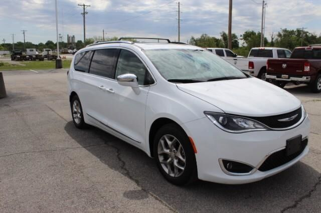 2019 Chrysler Pacifica Limited FWD Fort Scott KS