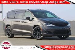 2019_Chrysler_Pacifica_Limited_ Irvine CA