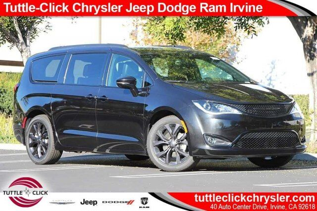 2019 Chrysler Pacifica Limited Irvine CA