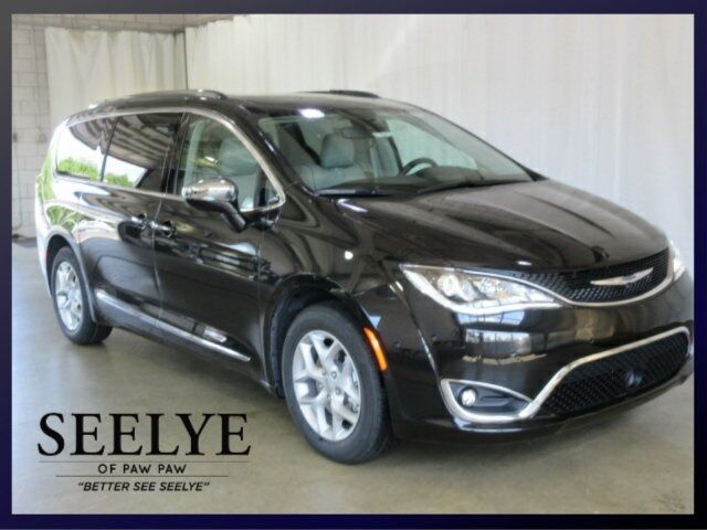 2019 Chrysler Pacifica Limited Paw Paw MI