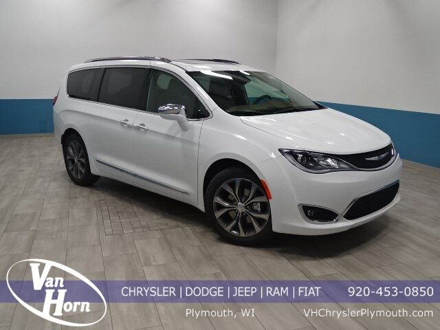 2019 Chrysler Pacifica Limited Plymouth WI