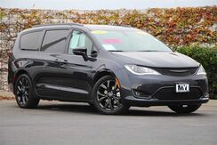2019_Chrysler_Pacifica_Limited_ Salinas CA