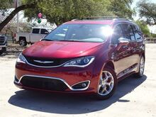 2019_Chrysler_Pacifica_Limited_ San Antonio TX