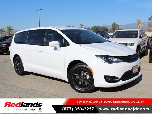 2019 Chrysler Pacifica TOURING PLUS Redlands CA